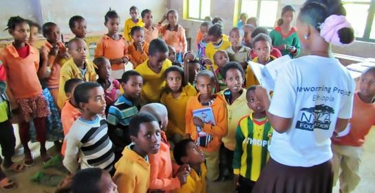 Etiopía adopta plan de salubridad israelí contra la fiebre del caracol