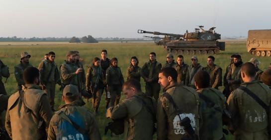 Soldados israelíes cerca de la Franja de Gaza