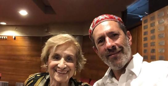 Alain Mizrahi y su abuela Irene, sobreviviente