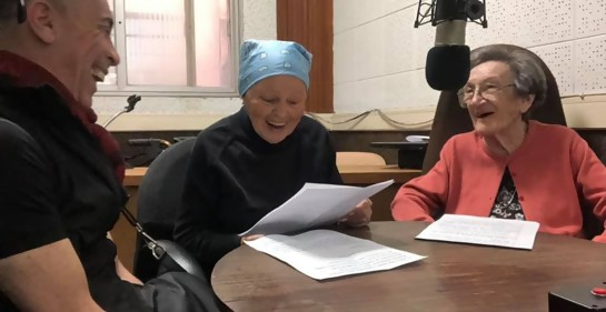 Enrique Schapira.,Pola Mirkin., Geanette Kunkes.en e Hogar Israelita de Montevideo