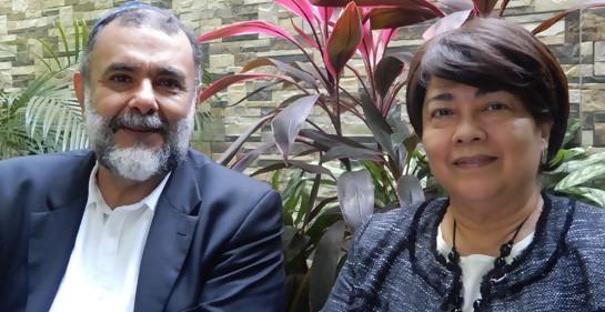 Samuel Abarca y su esposa Claudia (Lea)
