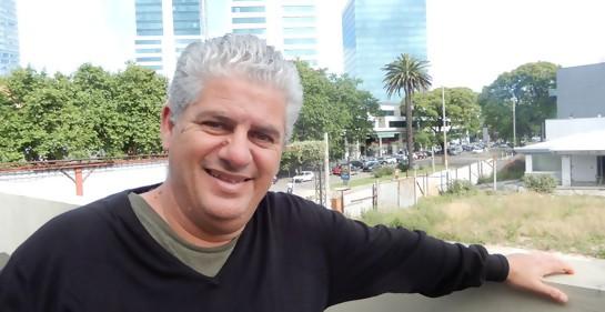 Con el humorista Claudio Konfino, hablando casi en serio.