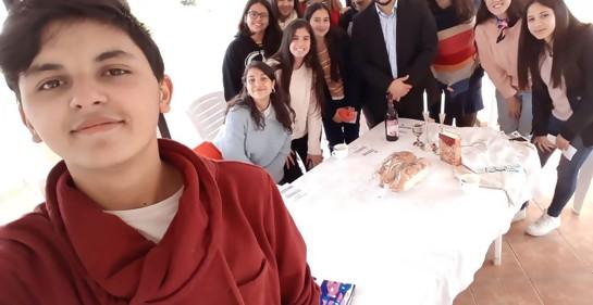 Una visita de lujo: Max Godet comparte la cuarta actividad anual de Embajadores de Proyecto Shoá