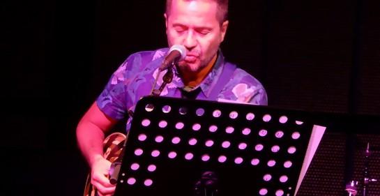 Emocionante concierto del músico uruguayo Daniel Drexler en Tel Aviv