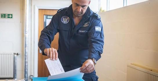¿Por qué funcionó una urna de las elecciones israelíes en una base aérea en Gran Bretaña?