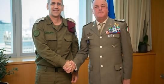 El Tte. Gral. Kohavi y el jefe de la FINUL Del Col
