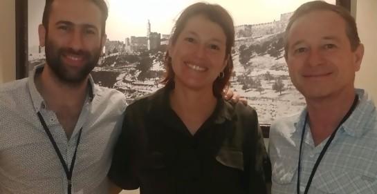 Pablo Ferández, Camila Cibils y Daniel Castro en Jerusalem