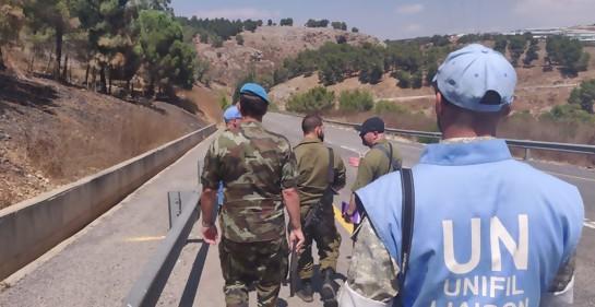 Oficiales de Tzahal y de la ONU en la frontera (Foto: Dover Tzahal)