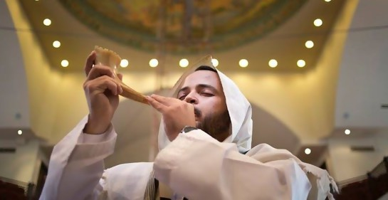 Conversando con Max Godet, Gran Rabino de la Kehilá