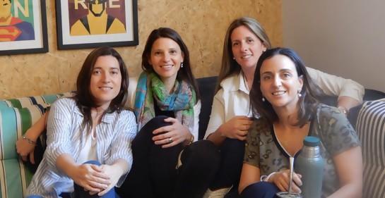Parte del gran grupo de amigas: Patty, Pato, Rosina y Debbie