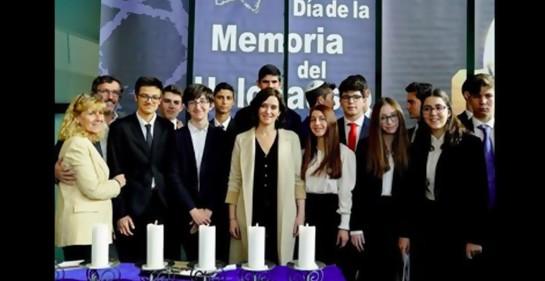 La presidente de la Comunidad de Madrid, Isabel Díaz Ayuso,anuncia que los alumnos ampliarán sus estudios sobre la historia del pueblo judío