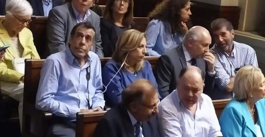 Algunos miembros de la comisión, en el Parlamento