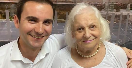 Ivetta Konfori y Leke Rezniqi, bisnieto de su salvador
