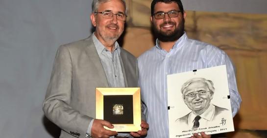 Con el Profesor Eduardo Tornaría, ex Director General de la Escuela Integral