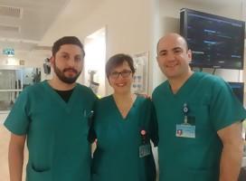 El enfermero Aref, la enfermera Claudia y el cirujano Samuel