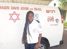 En Magen David Adom la llaman la super voluntaria