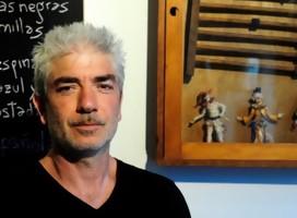 Entrevista con el escritor argentino Marcelo Birmajer, que  no olvida el dolor de AMIA ni el rol de la vicepresidenta argentina a favor de los criminales