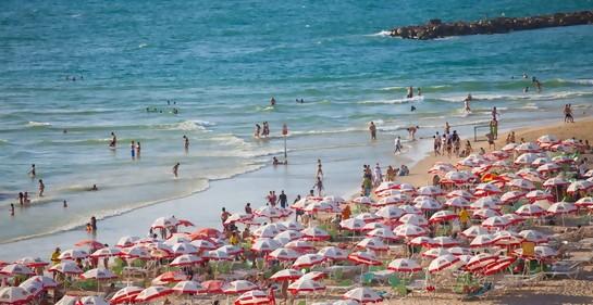 Disfrutemos las playas israelíes ahora, por si las cierren