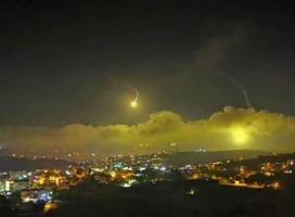 Bombas de iluminación sobre lado israelí