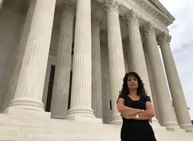 Esta mujer combate al terrorismo en los tribunales