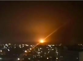 Israel confirma ataque a blancos militares en Siria, respuesta a carga explosiva en la frontera