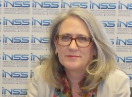 Emily Landau en el INSS