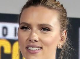 Scarlett Johansson acusada de ser sionista después de respaldar a trabajadores de derechos humanos en Egipto