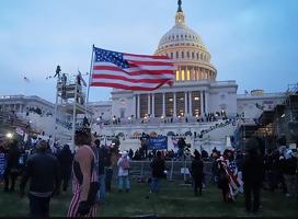 Los Antisemitas Implican a Judíos y Sionistas en la Violencia de DC