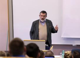 Entrevista a Stephan J.Kramer, Presidente de la oficina de Defensa de la Constitución