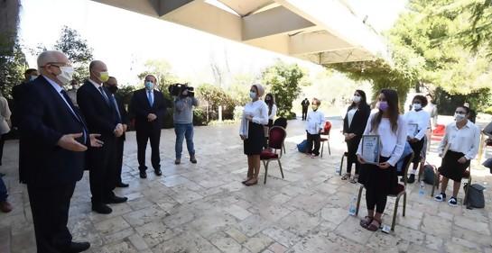 Israelíes laicos y religiosos, de todos los credos,  reconocidos por su voluntariado en pro de la sociedad