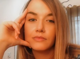Entrevista a la famosa twittera Gorda Meir, alias Cécile Denot