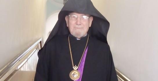 Arzobispo Aris Shirvanian en Jerusalem