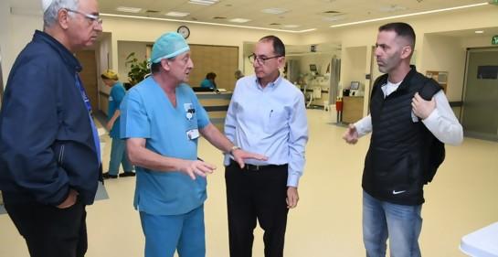 Con el médico uruguayo-israelí Dr. Pablo Boksenbojm desde Ashkelon, la ciudad más atacada por Hamas