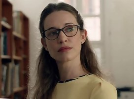 Daniella Kertesz se transforma en la ortodoxa y bipolar Racheli Warburg en  Shtisel