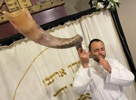 Así se vivió la fuerte emoción del fin de Iom Kipur en la Kehilá, en la sinagoga y el parque