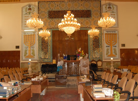 ¿Están  seguros los judíos en Irán? No le preguntes a un rabino en Teherán